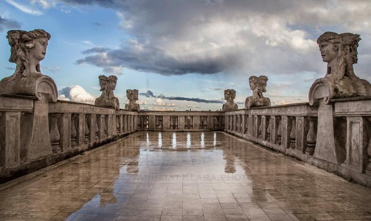 La altana del Palacio Falconieri (fuente: https://www.artwave.it/arte/eventi-e-mostre/palazzo-falconieri-sede-dellaccademia-dungheria-in-roma/)